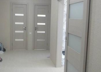 Раздвижные двери с покрытием экошпон