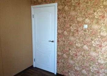 Межкомнатная дверь с покрытием Шпон, модель Версаль (эмаль)
